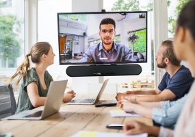 zoom chat leader, Enterprise Sound Bar Collaboration Kit