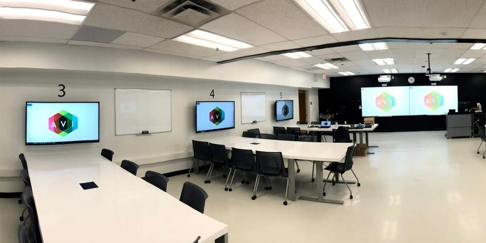 interactive classroom technology at California State University, Long Beach (CSULB)